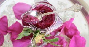 petali-di-rosa-300x158