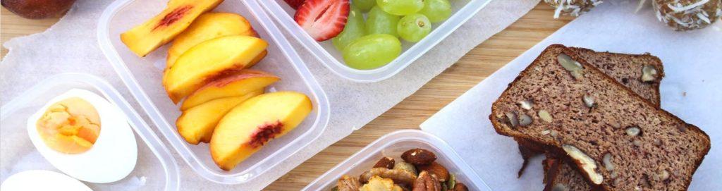 Cibo in aereo: è possibile mangiare bene in volo?