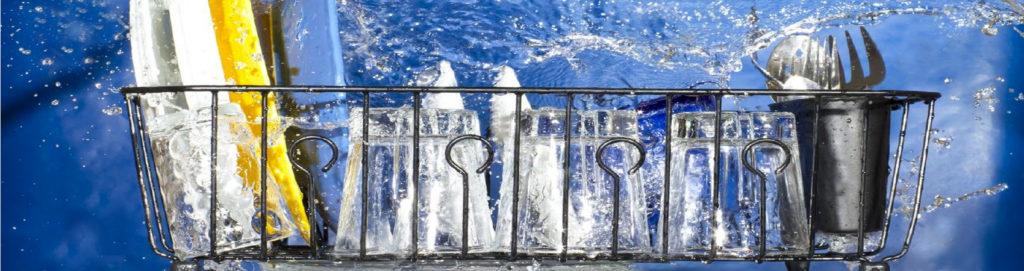 10 cose da non lavare in lavastoviglie