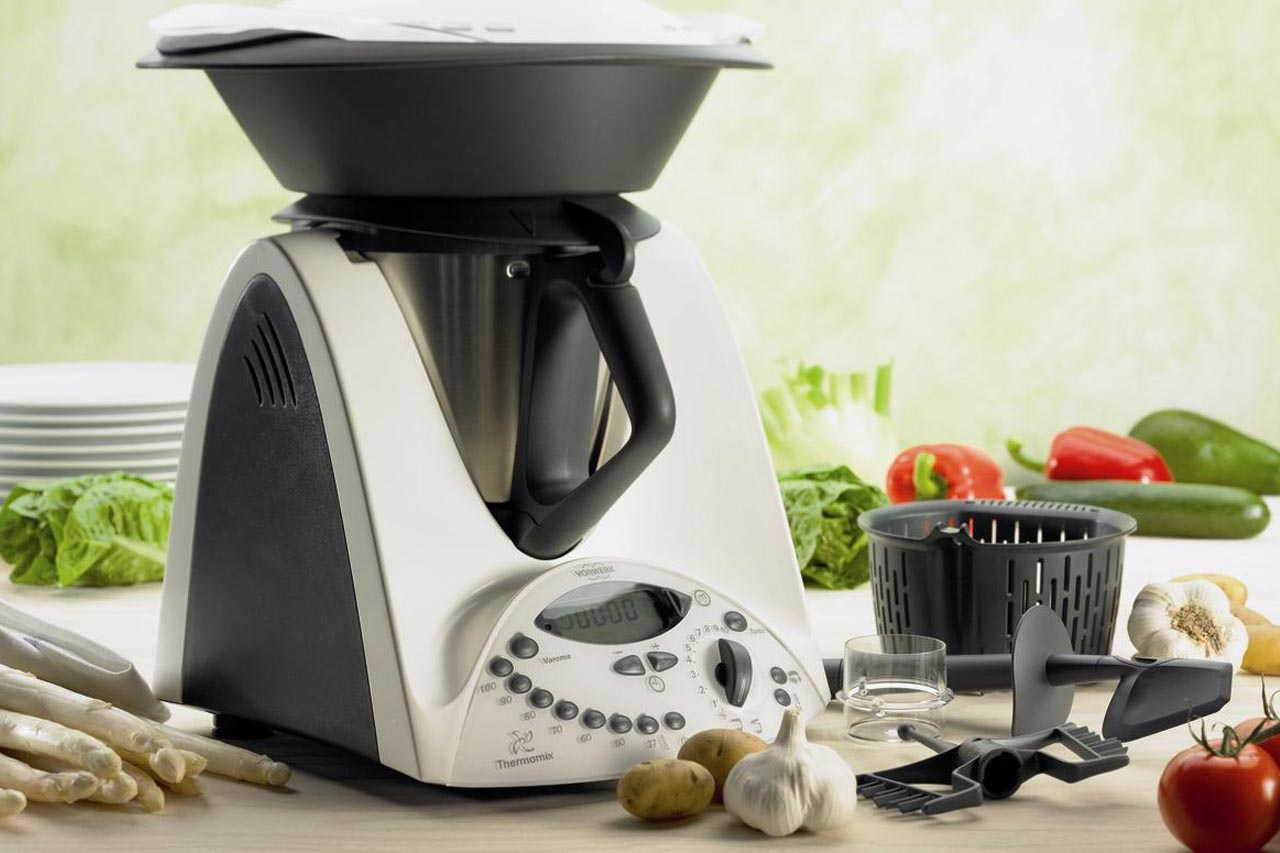 Cooking chef vs Bimby, chi vince la sfida tra i robot da cucina ...