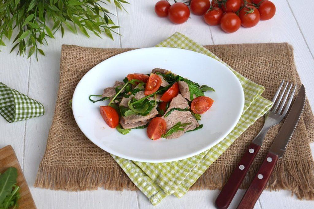 straccetti-rucola-pomodorini