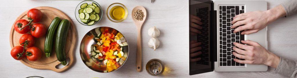 Metti una sera a cena un foodblogger: le regole d'oro