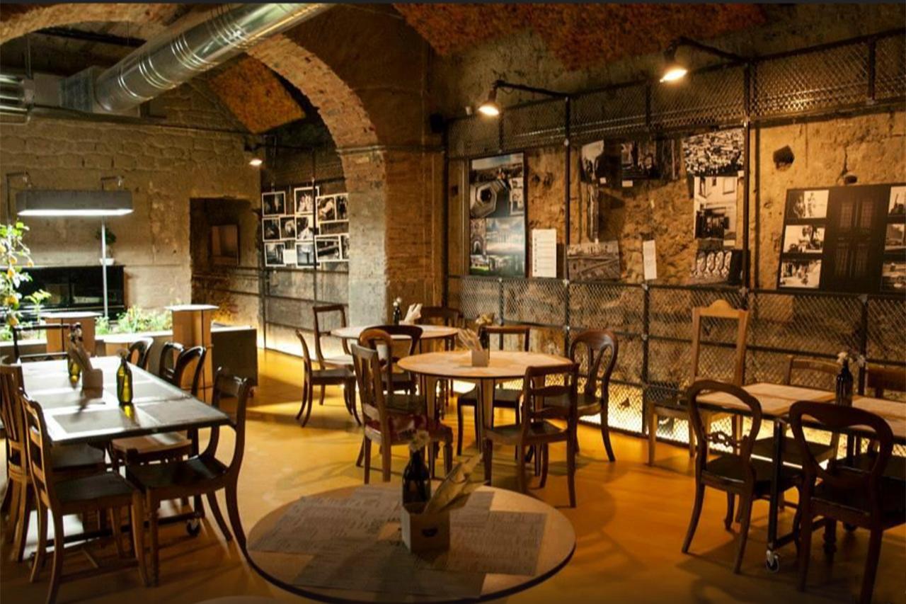 Dove fare l 39 aperitivo a napoli misya magazine for Arredo salumeria