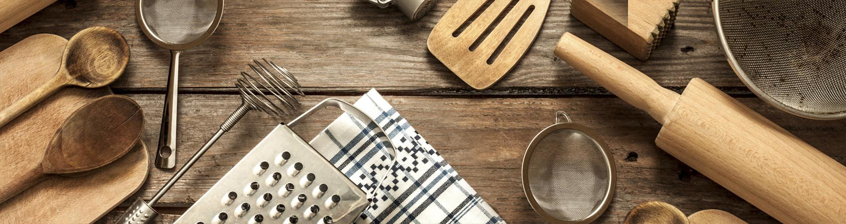 Gli utensili indispensabili in cucina - Misya Magazine