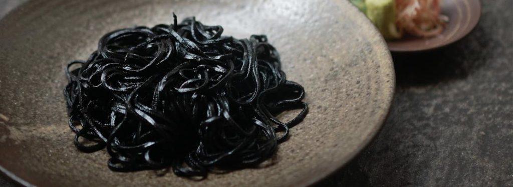 10 modi per usare il nero di seppia in cucina
