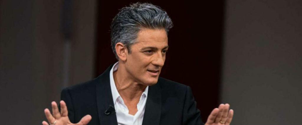 Carlo Cracco torna in Tv con The Final Table su Netflix e con Fiorello su Rai1: non vediamo l'ora
