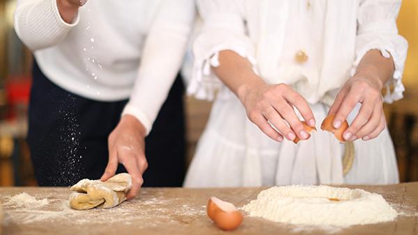 10 ricette che le mamme cucinano meglio delle nonne: scopriamole tutte