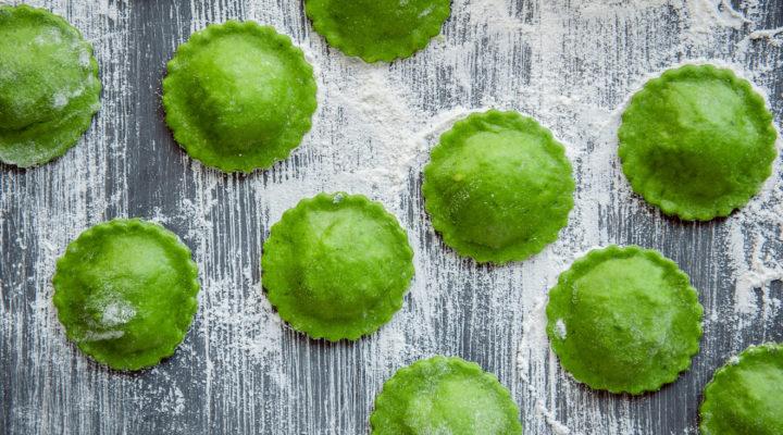 L'invenzione golosa di J-Momo, il raviolo salsiccia e friarielli