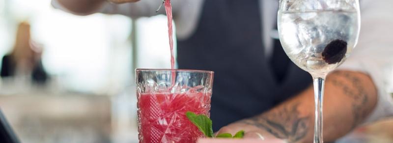 Differenza tra barista, barman, bartender: tutto quello che c'è da sapere!