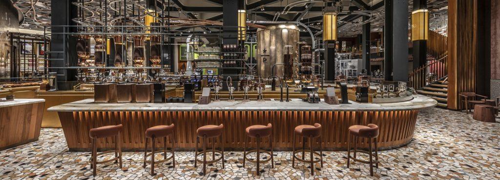 Starbucks a Milano funziona e annuncia nuove aperture in Italia: ecco le novità