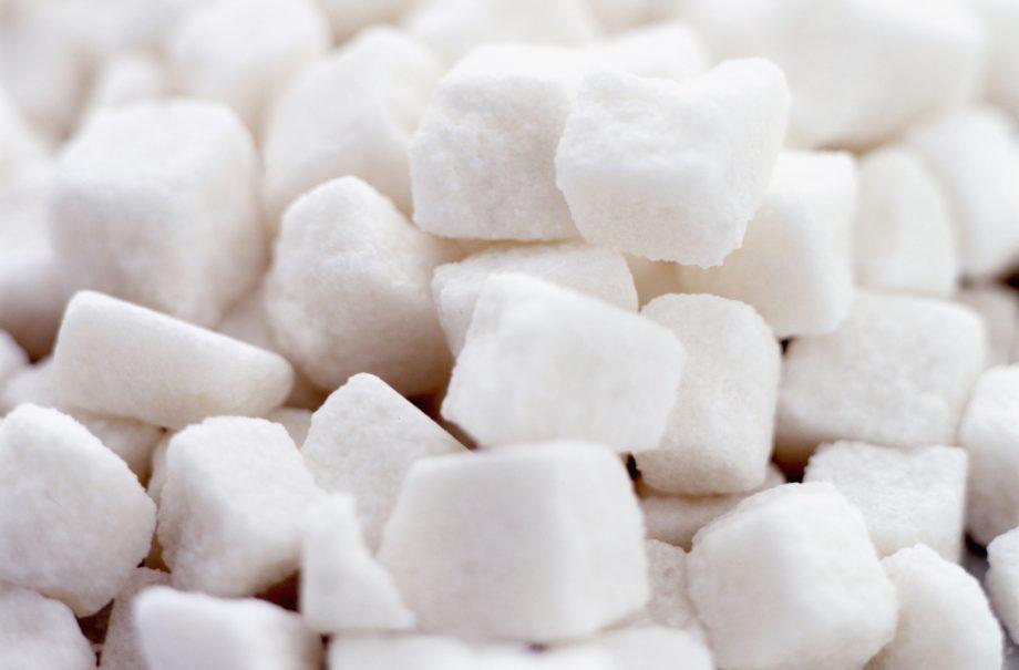 Sugar tax, cos'è e a cosa servirebbe la tassa sullo zucchero: vediamoci meglio