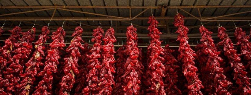 Il peperone crusco: cos'è, come si cucina