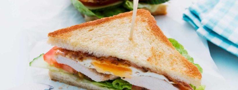 Tramezzino, panino, toast: quale scelta è la più salutare?