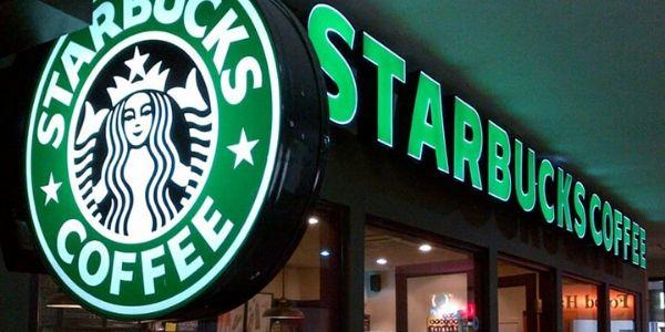 Starbucks apre a Roma e offre lavoro: vogliamo vederci chiaro