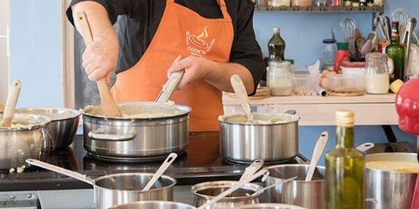 Cucina per principianti: l'ABC di chi si lancia in cucina