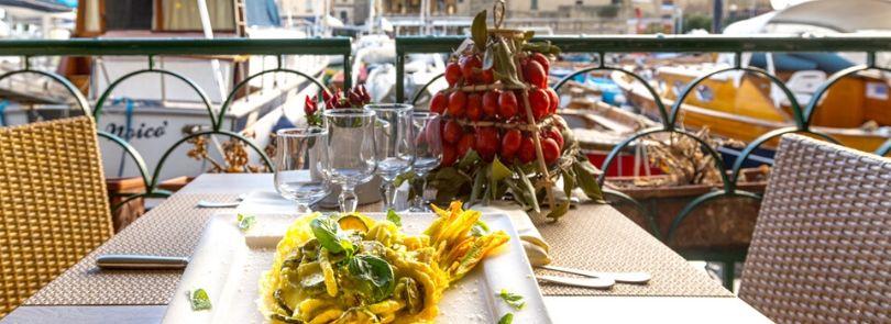 Ristoranti a Napoli dove mangiare all'aperto e godersi il panorama mozzafiato