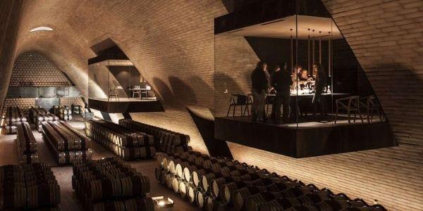 Le 30 cantine di vino più belle d'Italia per un week end da sogno