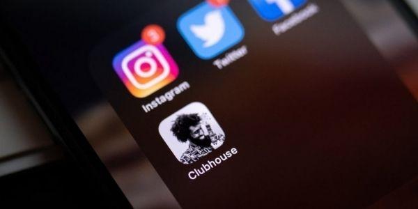Clubhouse: il nuovo social che sta impazzando e che vogliamo scoprire oggi