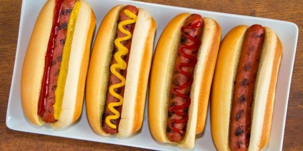 Storia dell'hot dog: il panino con salsiccia più famoso del mondo