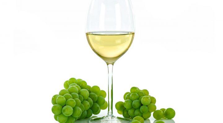 vino bianco e percoche