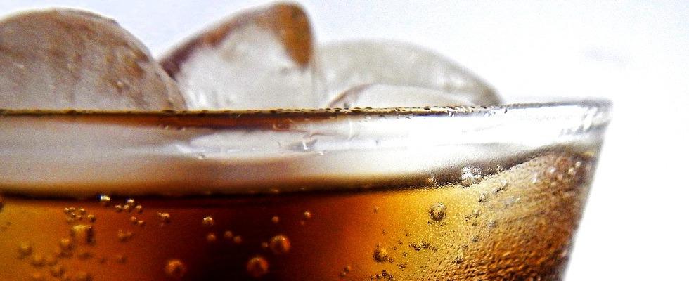 Le bevande gassate fanno male? Scopriamolo insieme!